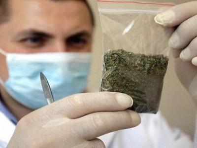 Один з керівників колонії постачав наркотики ув'язненим