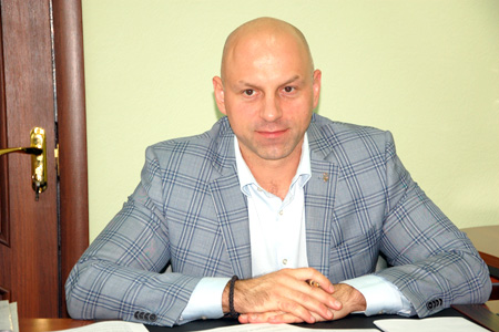Костянтин Товстуха просить виділити кошти на ремонт автодороги Ямпіль-Орлівка-Свеса-Марчихина Буда